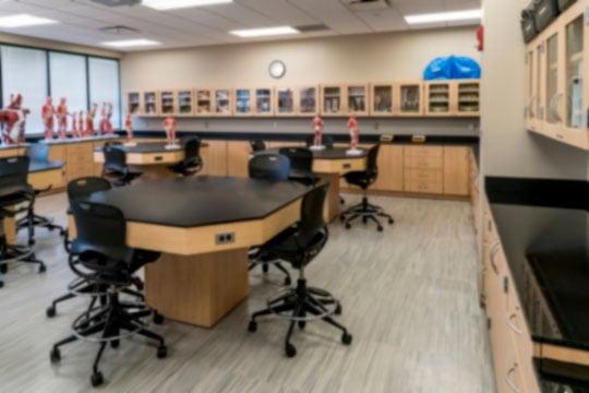 16-9-Classroom-lab-Hamilton-blur