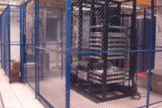 16-9-FL-Data-Center-Cage-BLU-blur