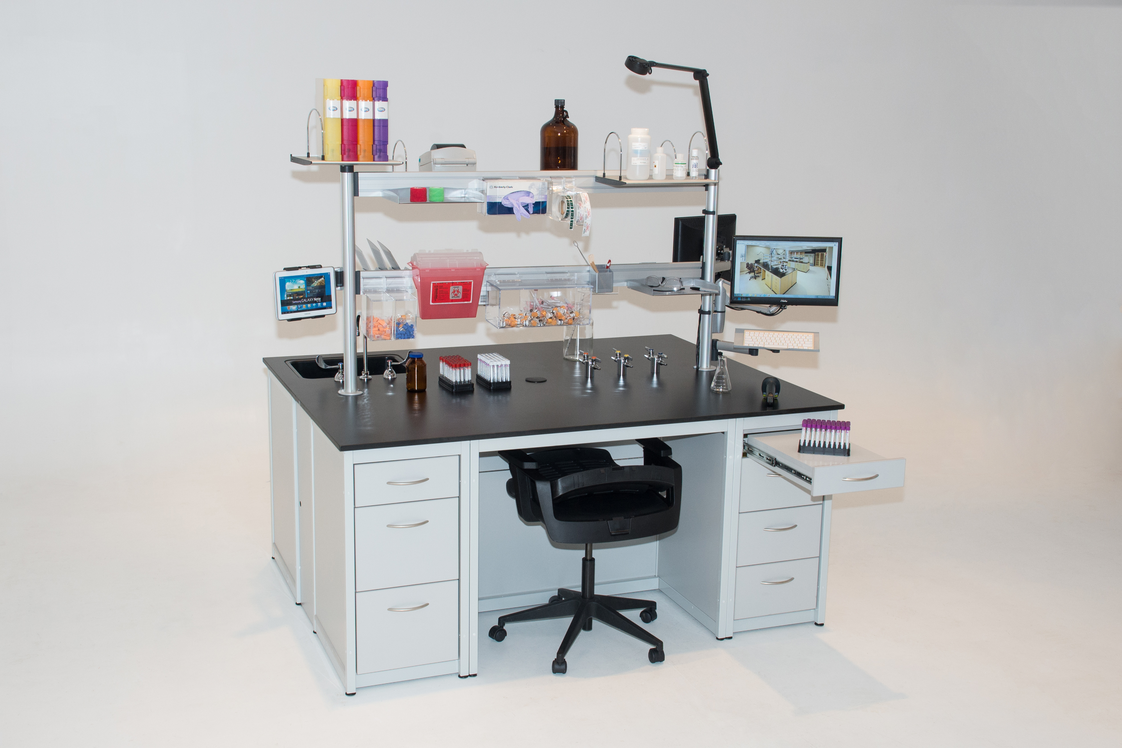 Lab workbench with slat railing