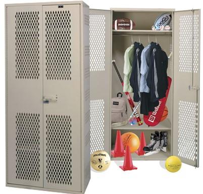 Ventilated lockers