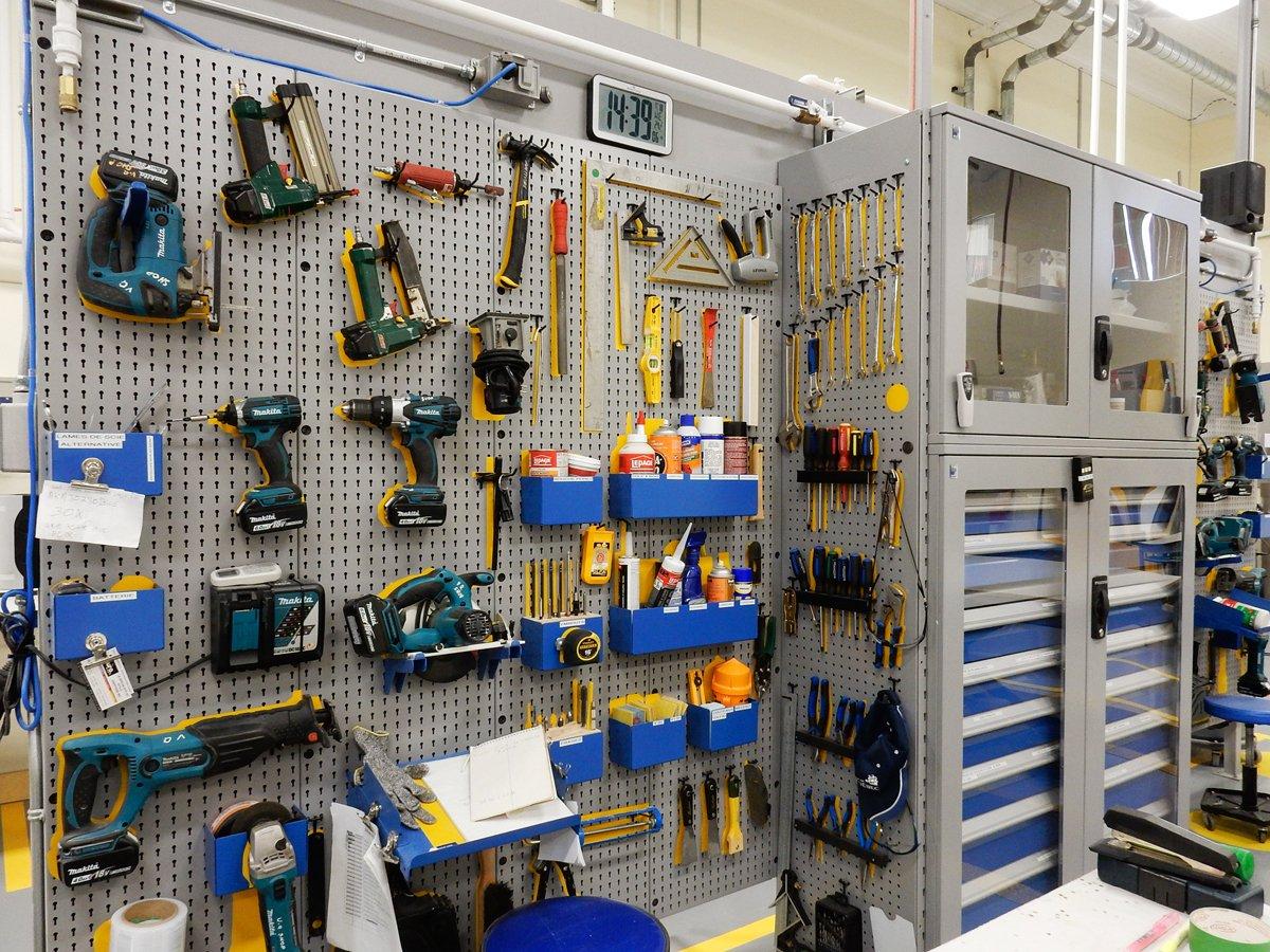 Tool storage utility panels-cabinet_Rousseau