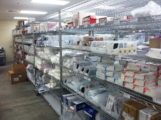 Aurora-wire-shelving-medical-supply-storage