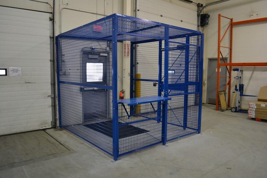 Wire Driver Cage-Blue