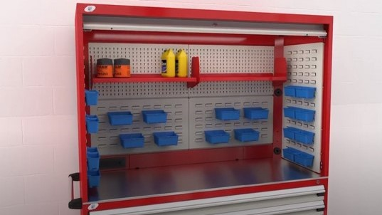 Video-Rousseau-Tekzone Hutch Cabinet