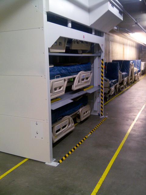 Side load bedlift units