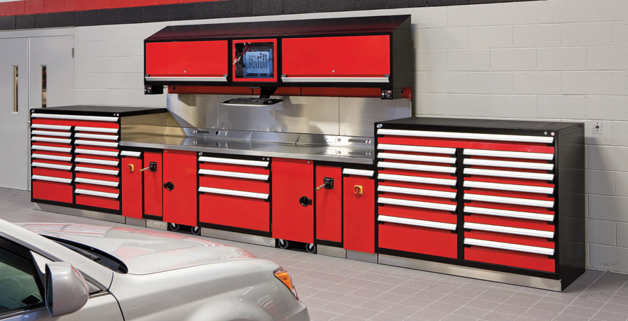 Workbench-auto-service bay