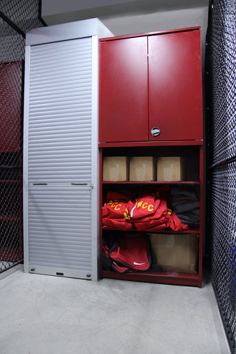 Aurora-athletic-storage-tambour door