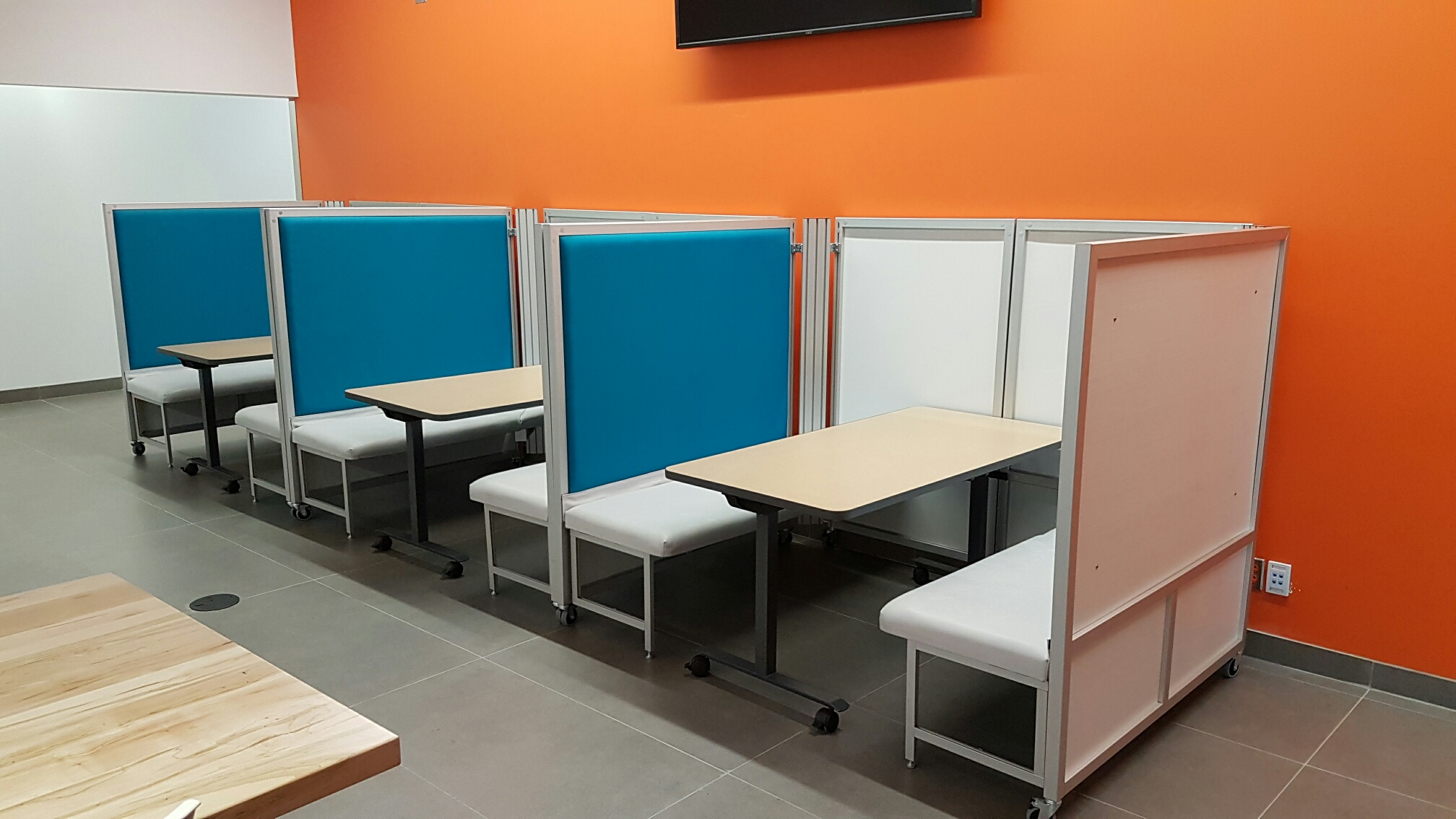 Swiftspace Rendezvous_Mobile meeting rooms