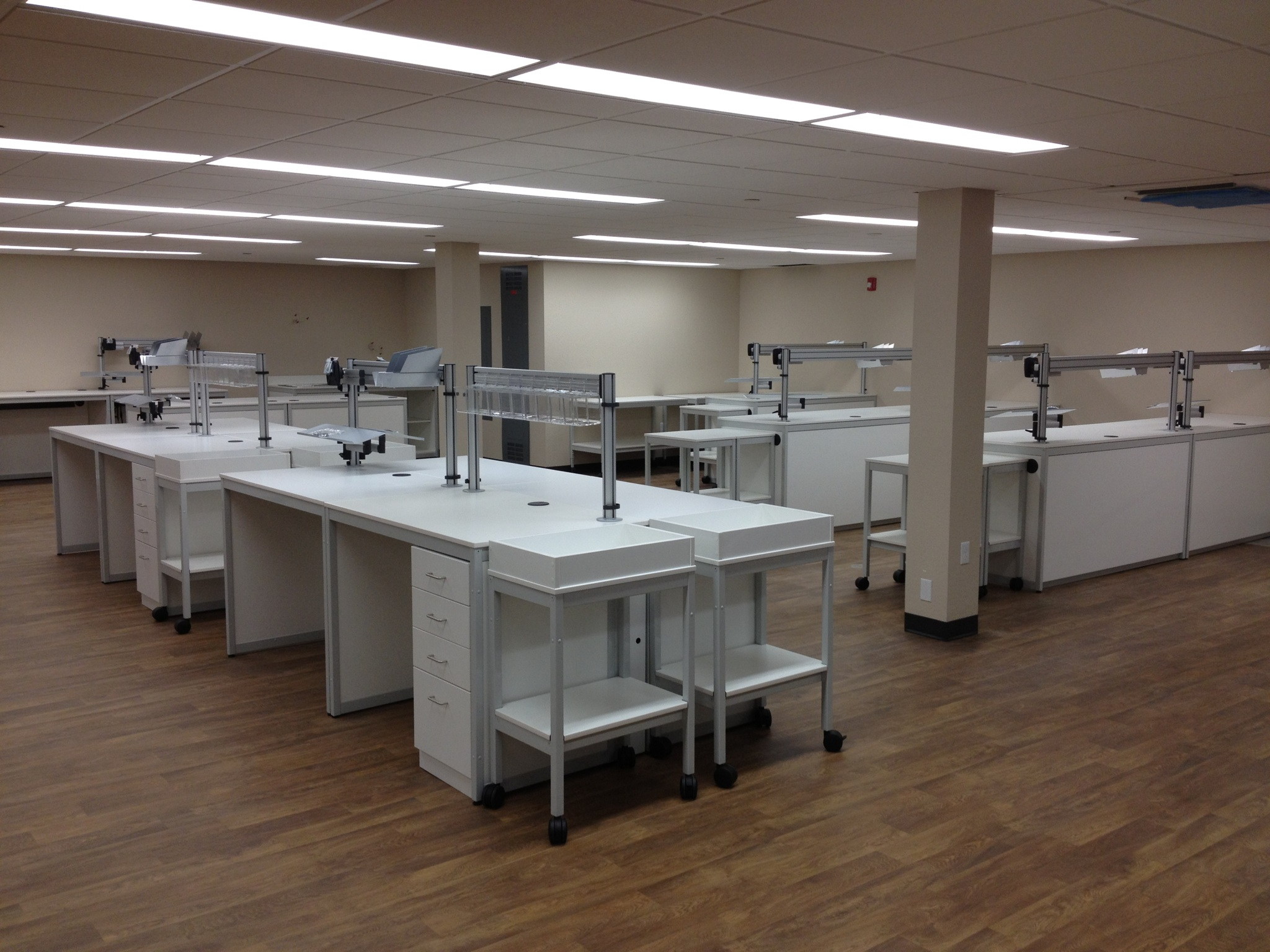 Modular Millwork-Pharmacy Lab