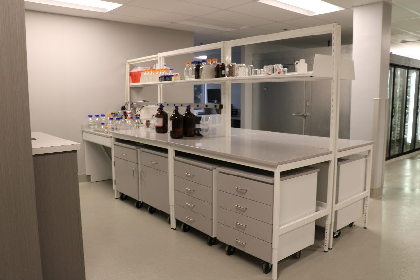Modular Millwork Lab Workbenches