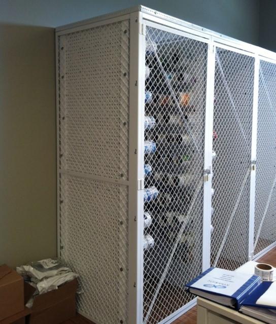 Commercial locker-woven wire