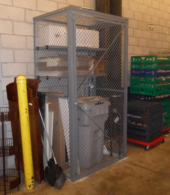 Commercial_Woven wire locker