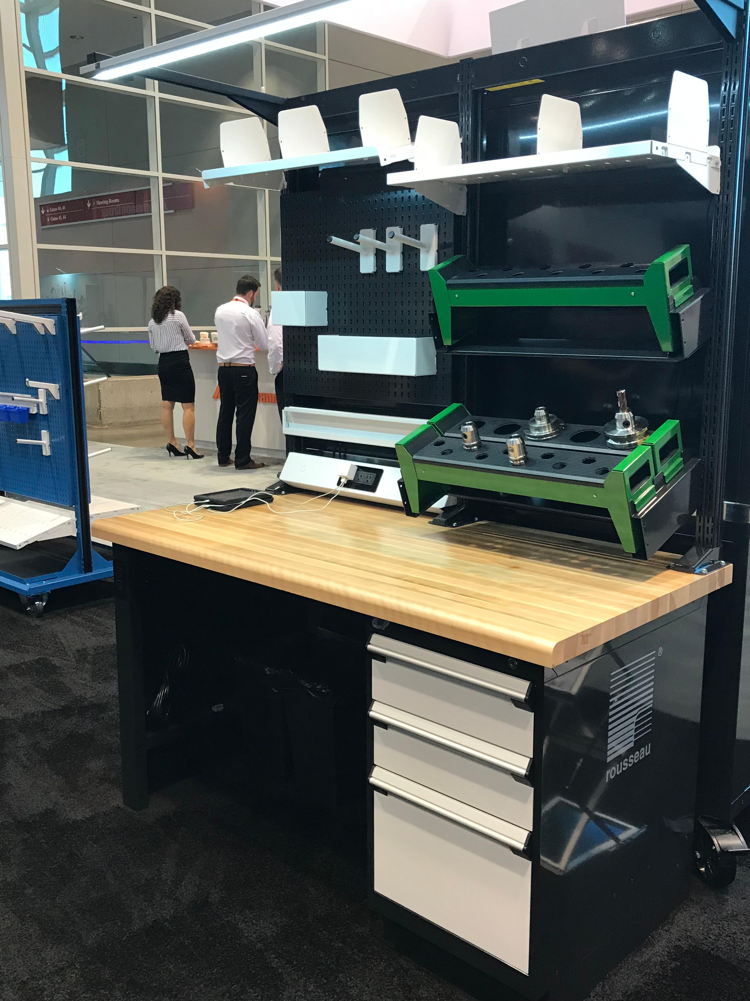 Work center _Chicago Show 2018 with CNC Tool Storage